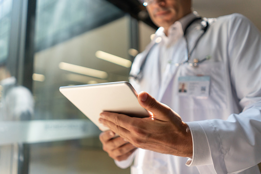 The Pros and Cons of Electronic Health Records