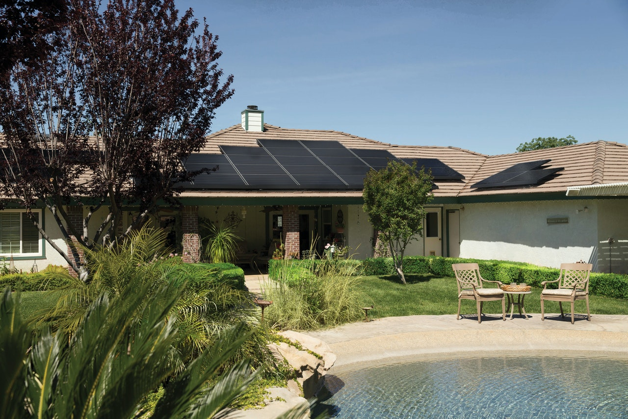 The Benefits of Having a Solar Roof